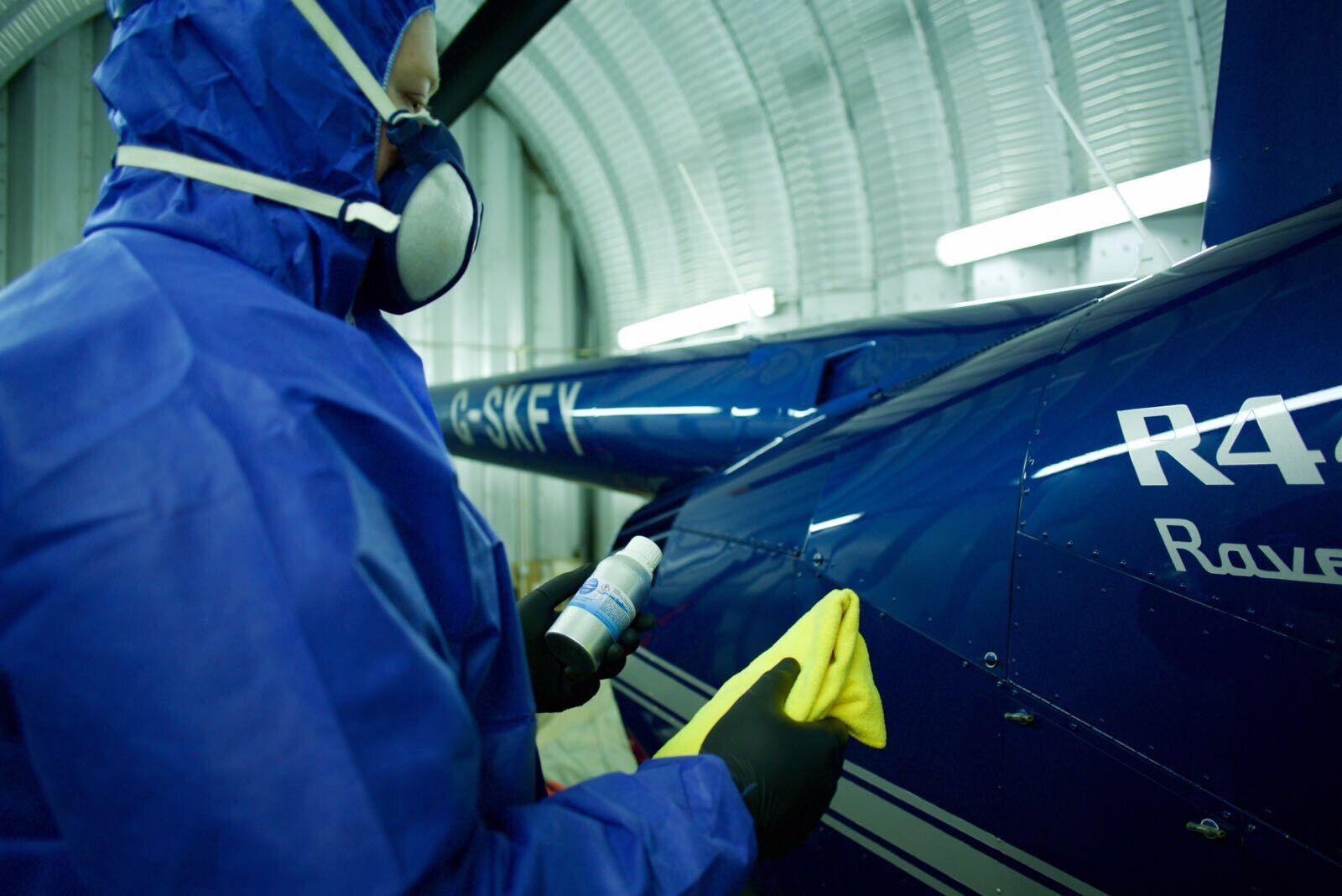 applying-ceramic-coating-on-jet