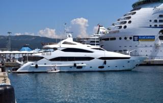 white-yacht